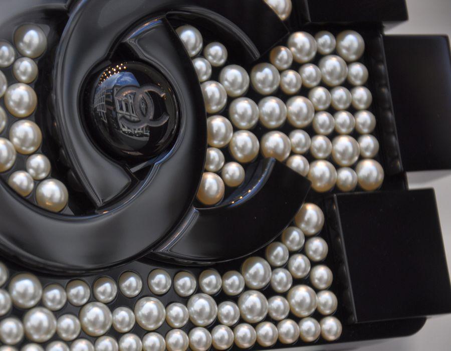 Chanel Perlen-Tasche