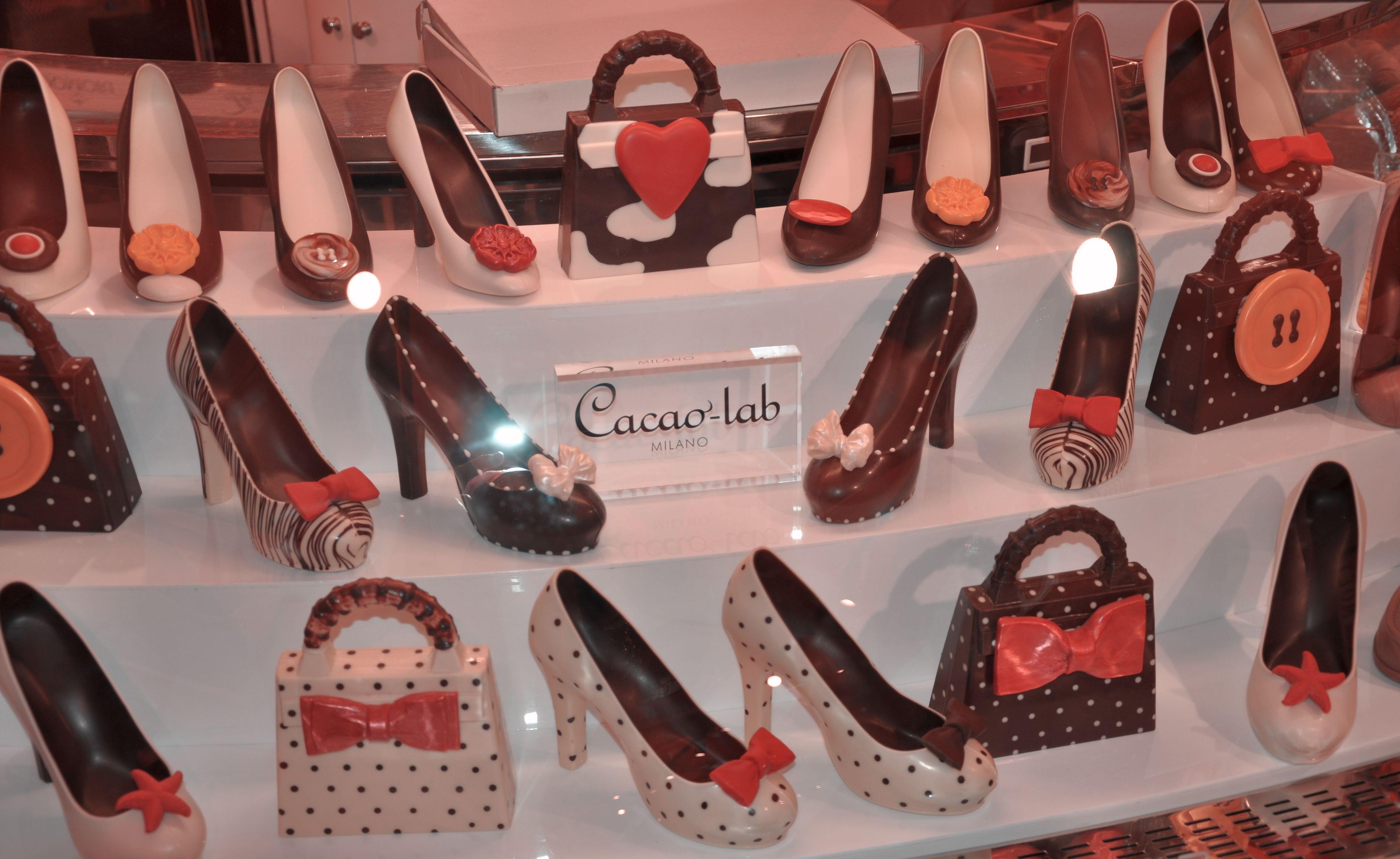 Schokoladen Hells, Pumps Mailand
