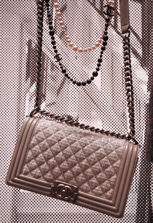Chanel Boy bag, grey, grau