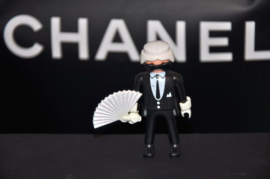 Karl Lagerfeld, Playmobil Figur mit Fächer