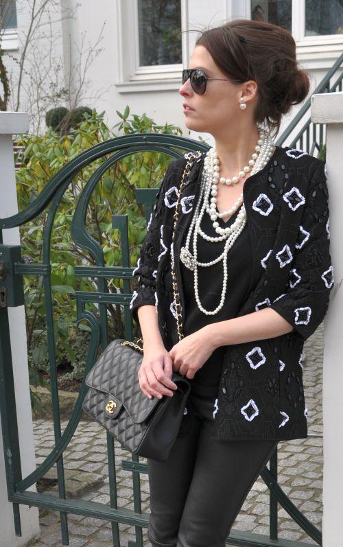 Perlenbestickte Jacke H&M Trend, Winter 2014, black