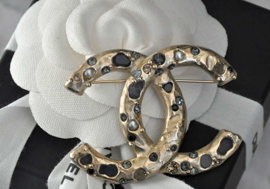 Chanel Brooch Paris Rome 2015,16 Métiers d´Art