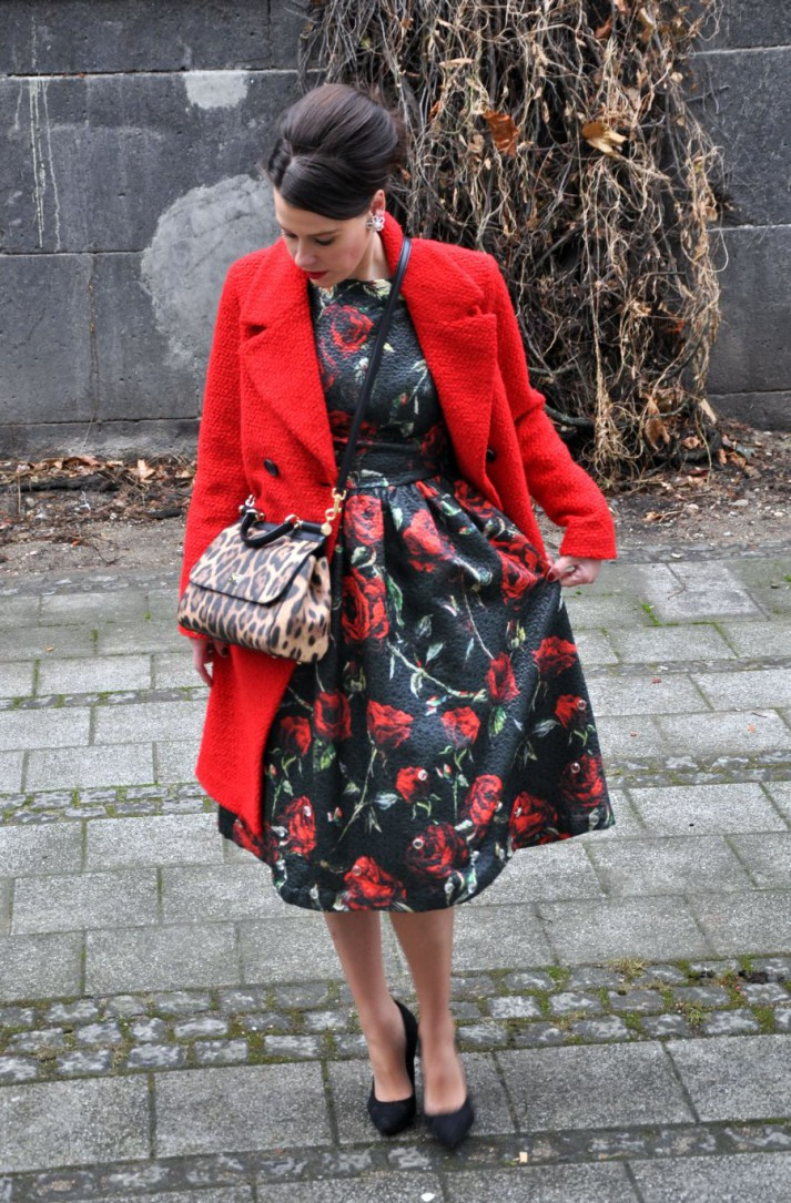 #OOTD: THE RED COAT