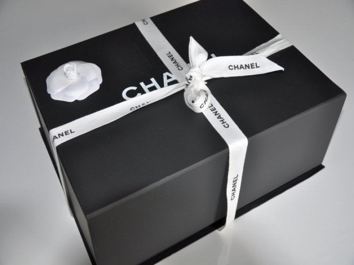 Unboxing Chanel 2.55 Flap Bag