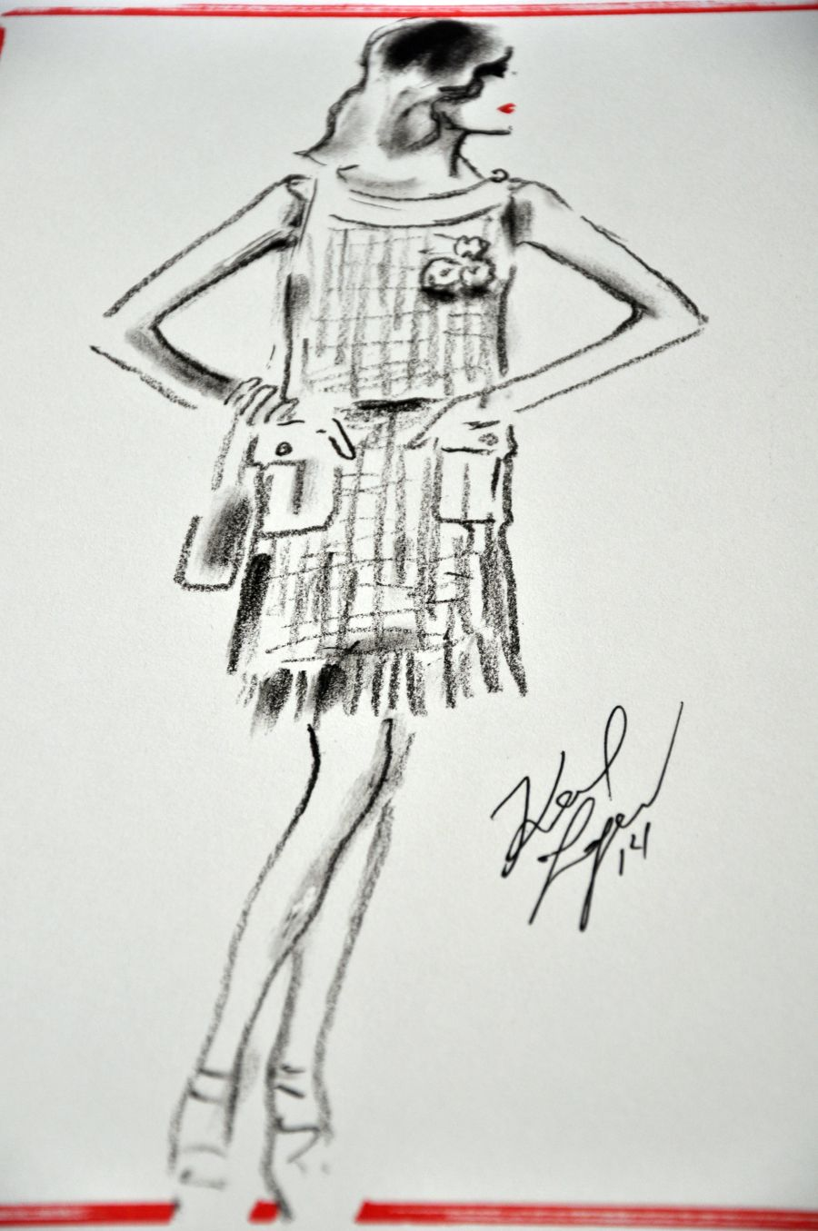 Karl Lagerfeld From Paper to Reality, Chanel. Zeichnung Bouclèkleid